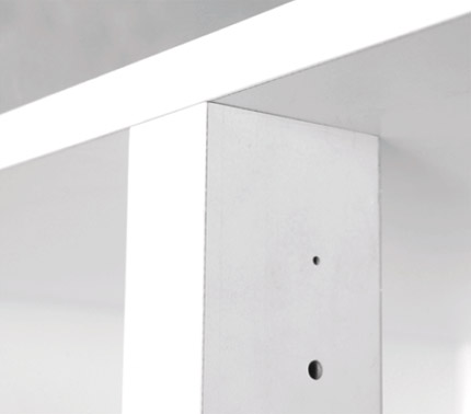 Tool-less solid centerpost with a unique Turnfastener technology